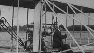 Aviation : le 17 décembre 1903, le premier vol des frères Wright (France 2)