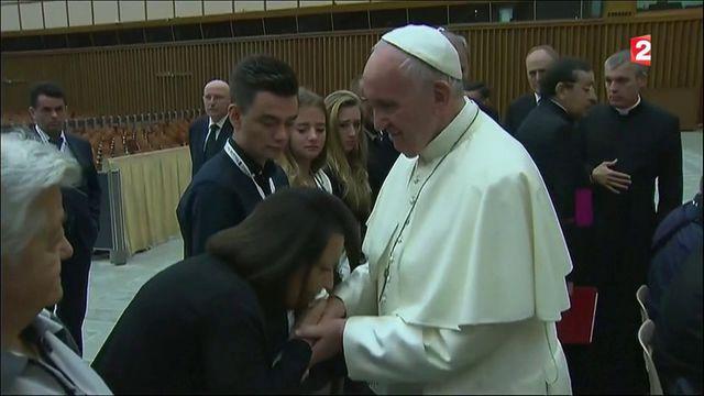 Attentat de Nice : le pape reçoit des familles de vicitmes