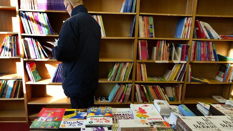 Une librairie Chapitre à Lyon (Rhône) le 4 décembre 2013. (  MAXPPP)
