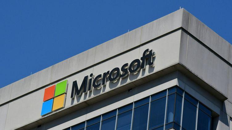 Un bâtiment de Microsoft à Chevy Chase (Etats-Unis). (EVA HAMBACH / AFP)