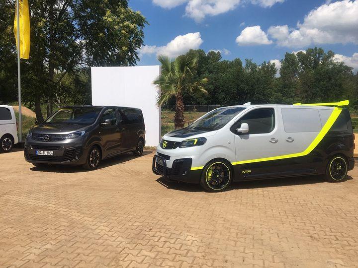 "L'Opel Zafira transformée en modèle Life voire en modèle ""sport"". (SERGE MARTIN FRANCE INFO)"