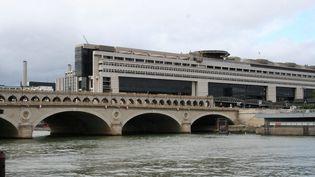 Ministère de l'Economie et des Finances dans le quartier de Bercu à Paris. (CATHERINE GRAIN / RADIO FRANCE)