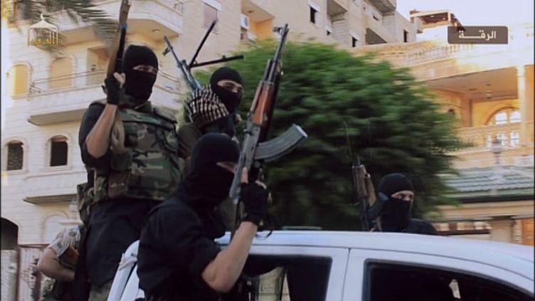 """Image tirée du documentaire """"Daech, les racines du mal"""", diffusé dans """"Le Monde en face"""",sur France 5. (PBS)"""