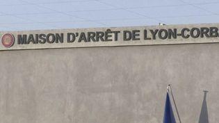 Une famille iséroise demande, mardi 13 avril, des comptes à la justice. Leur fille de 17 ans a été violée à Lyon par un homme qui avait bénéficié d'une remise en liberté anticipée. (CAPTURE ECRAN FRANCE 3)
