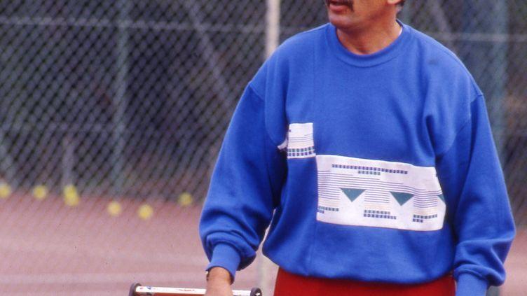 Régis de Camaret en novembre 198 au centre d'entraînement de tennis de Saint-Tropez. (FRANZ CHAVAROCHE / MAXPPP)