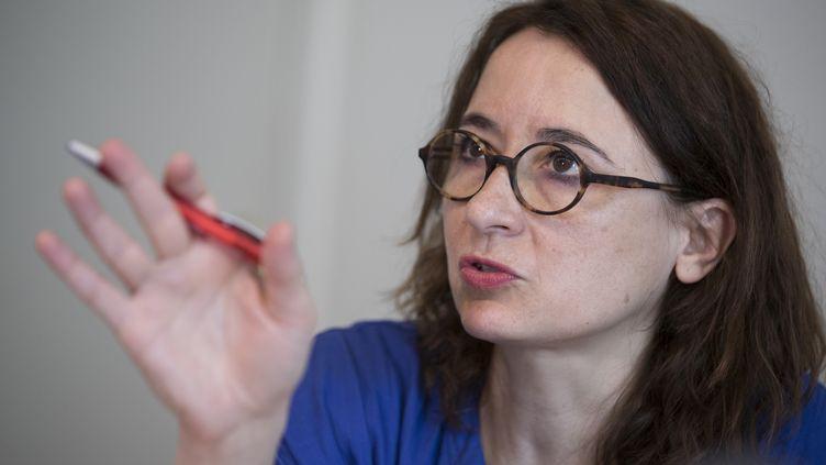 Marie Dosé, lors d'une conférence de presse le 26 avril 2018. (THOMAS SAMSON / AFP)