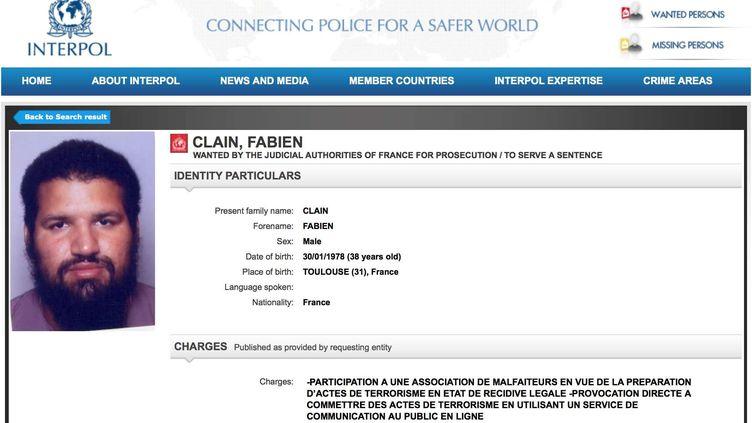 La fiche Interpol de Fabien Clain, l'une des voix de l'Etat islamique en France, prise en photo le 22 septembre 2016. (AP / SIPA)
