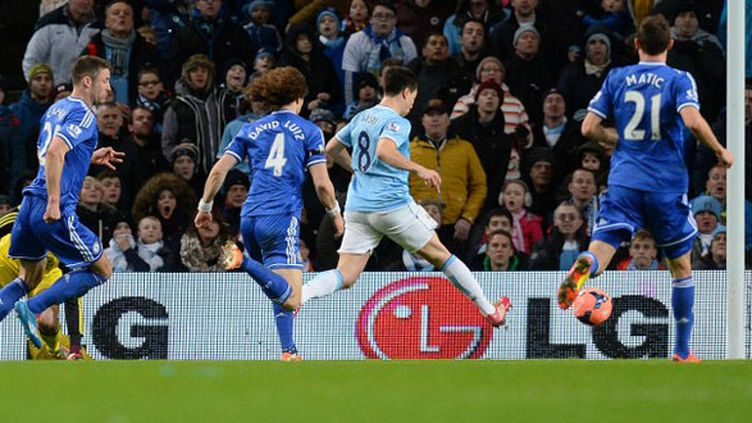 Samir Nasri inscrit le second but de son équipe contre Chelsea