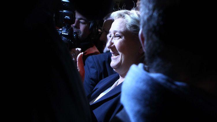 La présidente du Front national, Marine Le Pen, après un discours à Hénin-Beaumont (Pas-de-Calais), le 6 décembre 2015. (MICHEL SPINGLER / AP / SIPA)