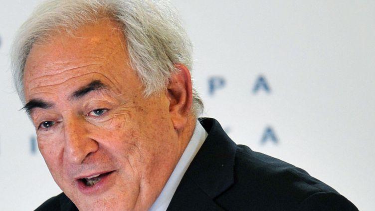 """Dominique Strauss-Kahn est déjà mis en examen pour """"proxénétisme aggravé en bande organisée"""" dans l'affaire du Carlton de Lille. (SERGEI SUPINSKY / AFP)"""
