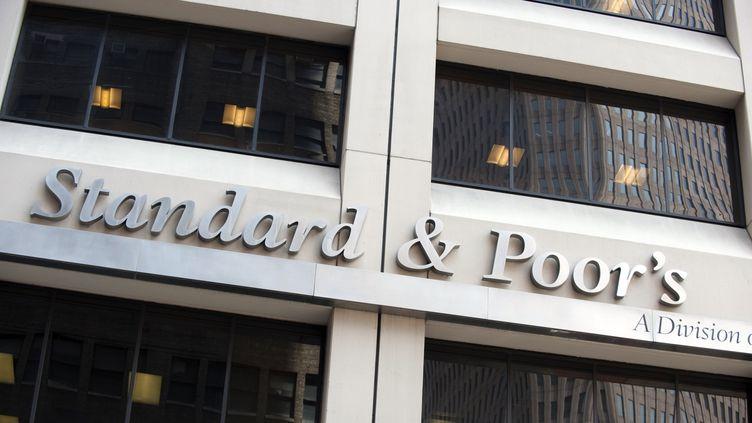 Les bureaux de l'agence de notation Standard & Poor's à New York (Etats-Unis), le 18 août 2011. (DON EMMERT / AFP)