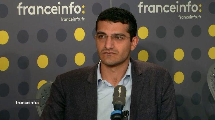 Agit Polat, porte-parole du Conseil démocratique kurde en France, était l'invité de franceinfo vendredi 18 octobre 2019. (FRANCEINFO / RADIO FRANCE)