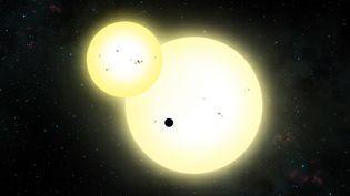 Une vue artistique de l'exoplanèteKepler-1647 b devant ses deux étoiles lors d'une éclipse, réalisée le 13 juin 2016. (LYNETTE COOK / SAN DIEGO STATE UNIVERSITY LYNET / AFP)
