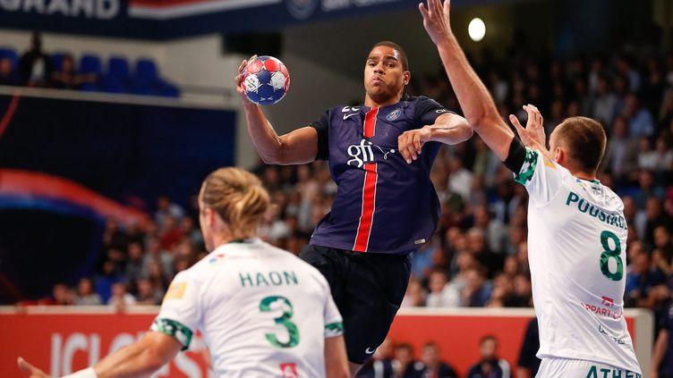 Daniel Narcisse lors de PSG-Nîmes. (ANTHONY MASSARDI / MAXPPP)