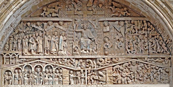 Le tympan du Jugement dernier sur le fronton de l'abbatiale de Conques  (PATRICE THEBAULT / ONLY FRANCE)