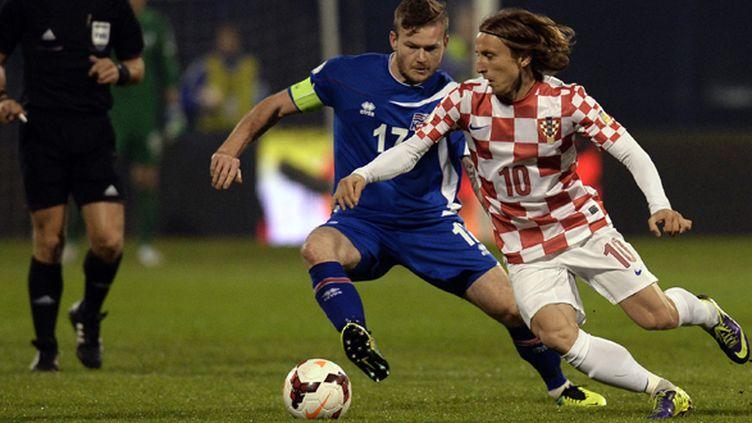 Luka Modric (Croatie) lors du barrage contre l'Islande (DIMITAR DILKOFF / AFP)