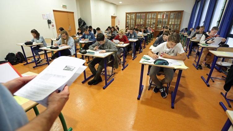 Une épreuve du Brevet des collèges au collège Jules Ferry de Quimperlé (Finistère). (MAXPPP)