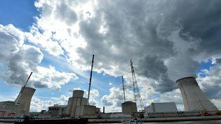 La centrale nucléaire de Tihange en Belgique, le 20 août 2014. (ERIC LALMAND / BELGA / AFP)