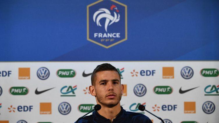 Le défenseur français Lucas Hernandezdurantune conférence de presse lors du Mondial 2018 le 17 juin 2018, à Istra (Russie). (FRANCK FIFE / AFP)