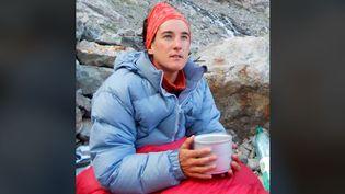 Photo d'Elisabteh Revol postée sur la page Facebook d'un de ses sponsors, jeudi 21 mai, annonçant son ascension de l'Everest. (CAPTURE D'ÉCRAN)