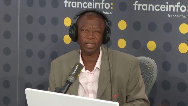 Bernard Bassama, séropositif depuis plus de 20 ans, témoigne sur franceinfo, le 19 septembre 2018. (RADIO FRANCE / FRANCE INFO)