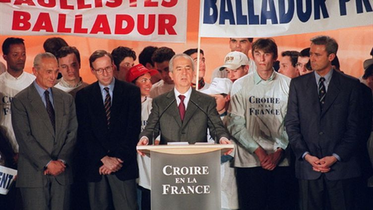 Balladur en campagne lors de la présidentielle de 1995 (AFP/JOEL ROBINE)