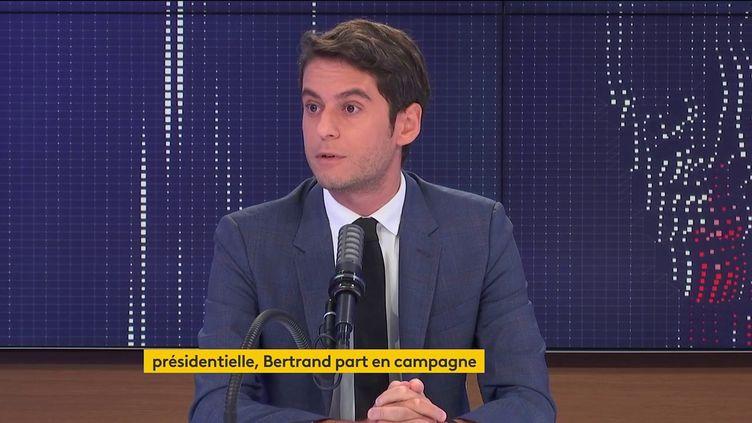 Gabriel Attal, porte-parole du gouvernement, était l'invité de franceinfo le 28 juin 2021. (FRANCEINFO / RADIOFRANCE)