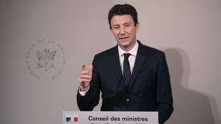 Benjamin Griveaux, alors porte-parole du gouvernement, lors d'une conférence de presse à l'issue d'un conseil des ministres, le 6 mars 2019 au palais de l'Elysée, à Paris. (LUDOVIC MARIN / AFP)