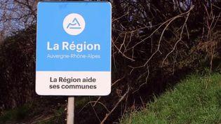 La fusion des régions a trois ans. Des économies ont-elles réellement été réalisées avec cette réforme territoriale sous François Hollande ? (FRANCE 2)
