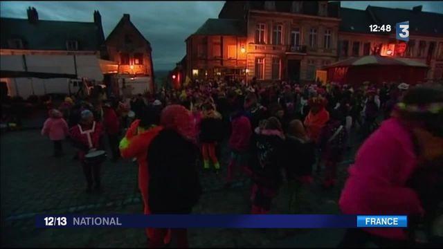 Cassel : les carnavaleux réveillent toute la ville