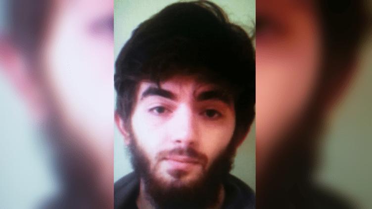 Une photo non datée de Khamzat Azimov, l'auteur de l'attaque au couteau perpétrée à Paris le 12 mai 2018. (DR)