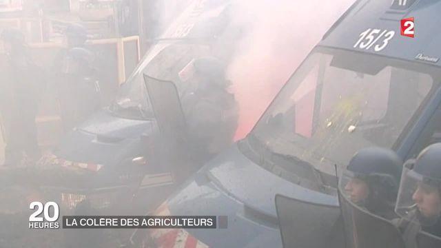 Crise des éleveurs : les syndicats demandent une initiative européenne alors que la colère gronde