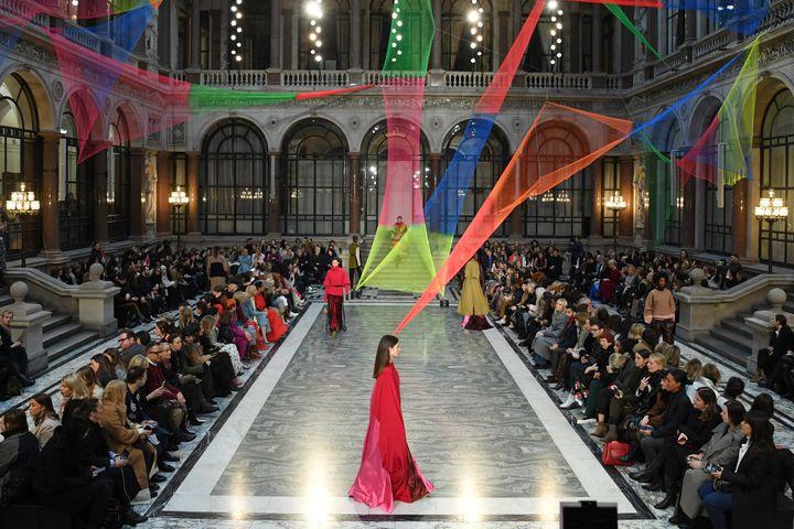 Défilé Roksanda automne-hiver 2020-2021 à la Fashion Week de Londres, le 16 févier 2020 (DANIEL LEAL-OLIVAS / AFP)