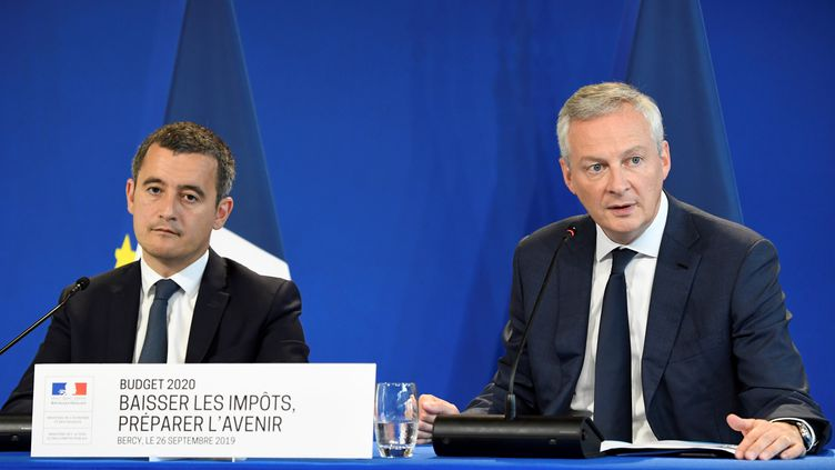Les ministres Gérald Darmaninet Bruno Le Maire à Paris, le 26 septembre, lors d'une conférence de presse sur leprojet de loi de finances pour 2020. (BERTRAND GUAY / AFP)