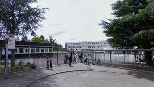L'entrée du collège Blaise-Pascal de Villemoisson-sur-Orge (Essonne), en juillet 2008. (GOOGLE STREET VIEW / FRANCETV INFO)