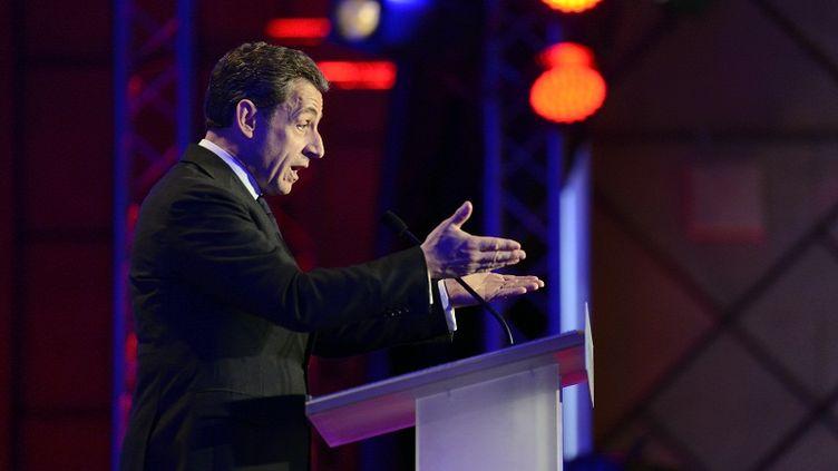 """Nicolas Sarkozy, icien meeting à Saint-Maurice (Val-de-Marne), le 19 avril 2012, estime que la loi est """"datée"""". (ERIC FEFERBERG / AFP)"""