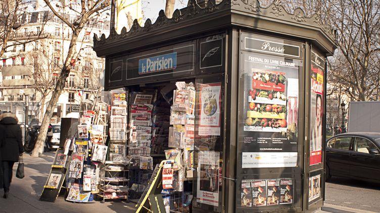 Le groupe Lagardère veut céder un tiers de la trentaine de magazines qu'il possède. (NATHAN ALLIARD / PHOTONONSTOP / AFP)