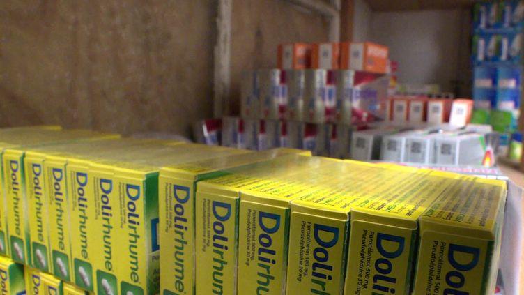 """Une pharmacie de Toulouse utilise la plateforme """"Le comptoir des pharmacies"""" pour échanger ses invendus (France 3 Midi-Pyrénées)"""