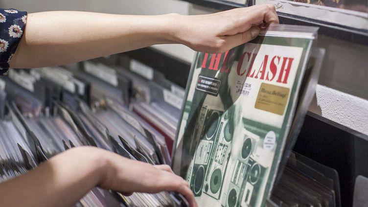 La chasse au vinyle collector bat son plein durant le Disquaire Day.  (LNP/REX Shutterstock/REX/SIPA)