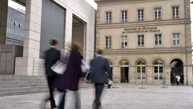 La France se dirige vers une croissance nulle au 4e trimestre 2011. (ETIENNE LAURENT/AFP)