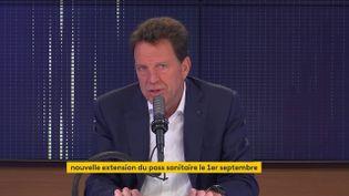 Geoffroy Roux de Bézieux, président du Medef, invité du 8h30 franceinfo le 25 août 2021. (CAPTURE D'ECRAN FRANCEINFO)