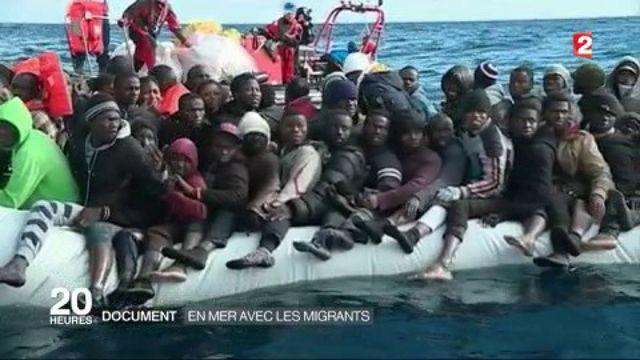 Migrants : sauvetage en mer au large de la Libye