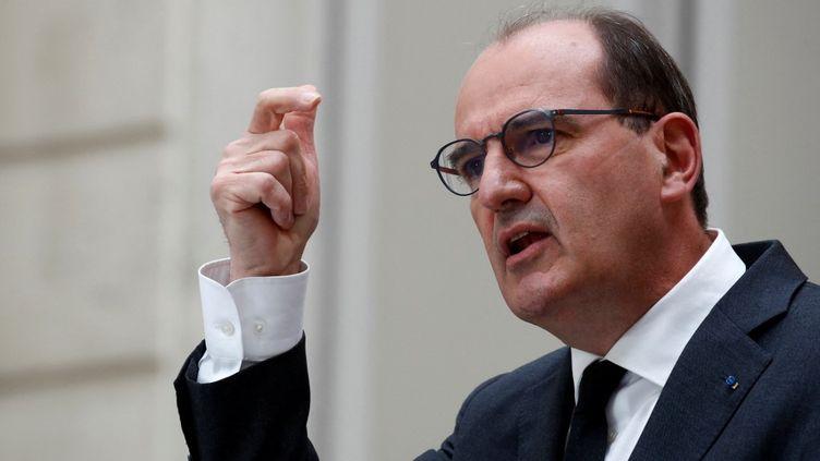 Le Premier ministre, Jean Castex, lors d'une conférence de presse, à Paris, le 28 avril 2021. (GONZALO FUENTES / AFP)