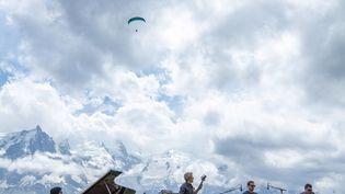 Le Kyle Eastwood Quintet face au Mont-Blanc (Coline Fragnol / Cosmojazz Festival)