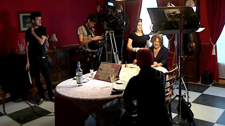 """Sur le tournage de """"Madame est bonne !"""" au Belieu dans le Doubs  (Culturebox)"""