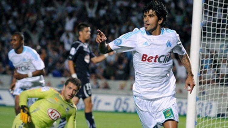 Lucho Gonzalez (Marseille) se prend la tête à deux mains (NICOLAS TUCAT / AFP)