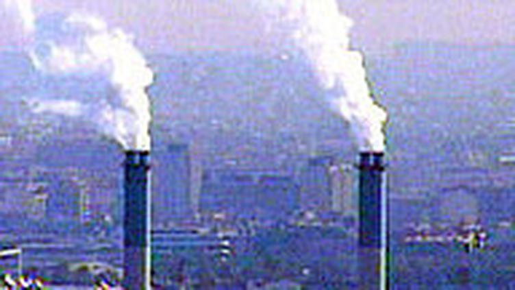 Nicolas Sarkozy soutient l'idée d'une taxe carbone aux frontières de l'Union européenne.