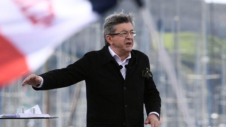 Le candidat de la France insoumise, Jean-Luc Mélenchon, en meeting à Marseille, le samedi 9 avril 2017. (ANNE-CHRISTINE POUJOULAT / AFP)