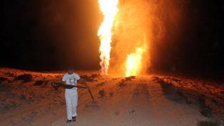 Un pipeline transportant du pétrole entre Israël et la Jordanie, saboté prèsde la ville d'El-Arish, dans la province du Nord-Sinaï (Egypte), le 22 juillet 2012. (AFP)