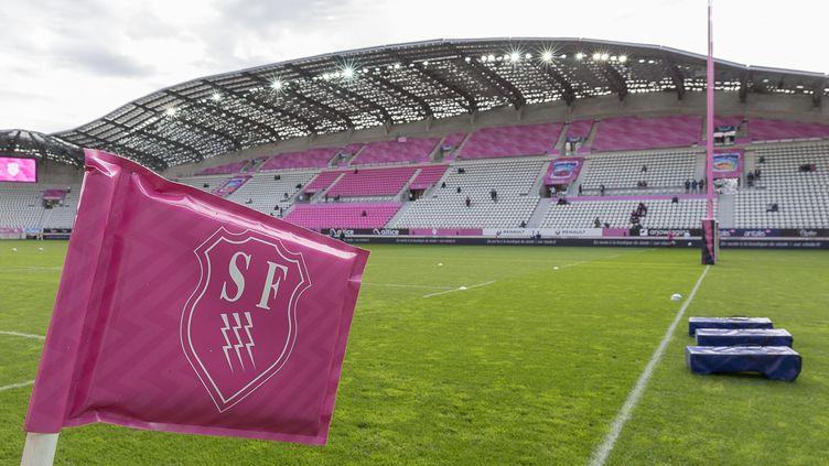 Le drapeau du Stade Français, le 7 octobre 2017 au stade Jean Bouin, à Paris. (DENIS TRASFI / MAXPPP)